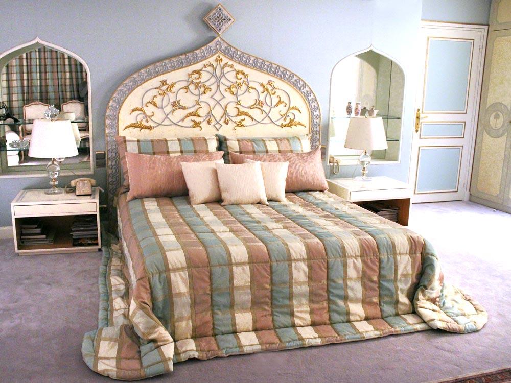 lits tapissiers neves tapissier d corateur de literie 75014 paris france. Black Bedroom Furniture Sets. Home Design Ideas